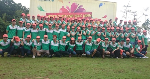 5 (500) VCB - We are one team.